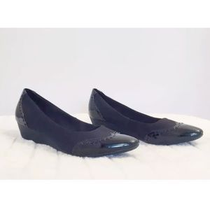 JOAN&DAVID YOLATA Blk Fabric Patent Leather Wedge